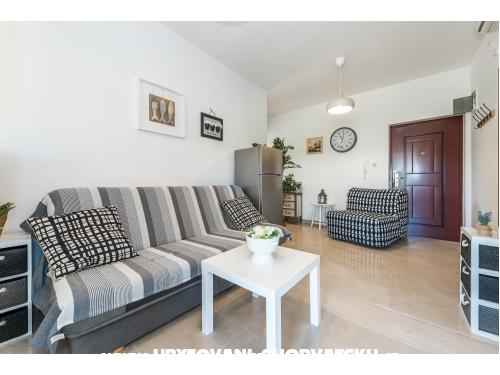 Apartmány Karla, Mara, Ana & Jo - Vodice Chorvatsko