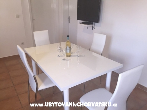 Apartmani Klara - Vodice Hrvatska