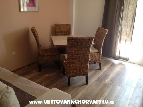 Appartements Kraljević - Vodice Kroatien