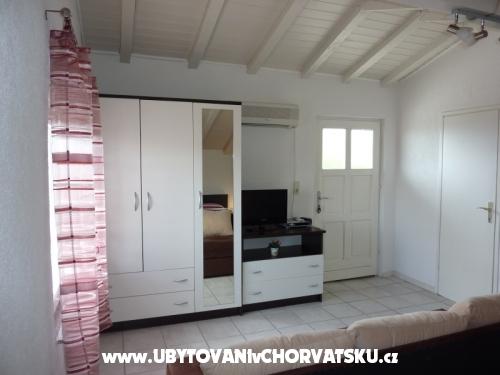 Apartmány Kresović - Vodice Chorvatsko