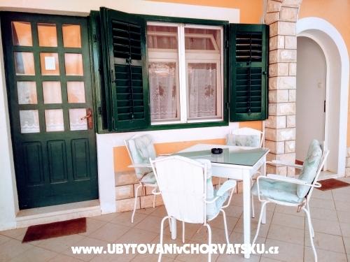 Apartm�ny Milka - Vodice Chorvatsko