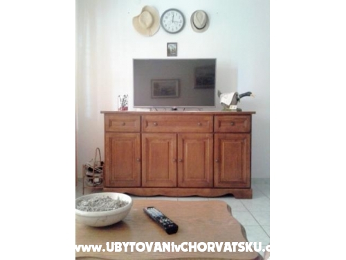 Apartmaji Nenadić - Vodice Hrvaška