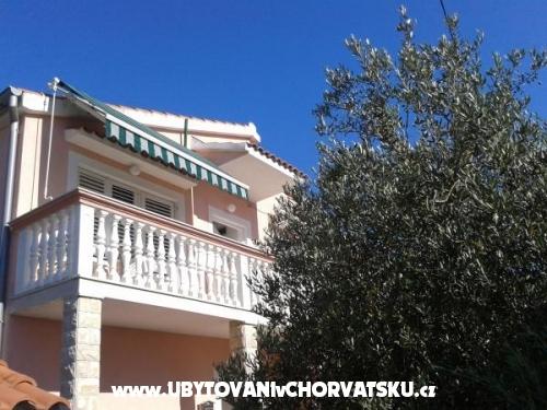 Apartmány Nenadić - Vodice Chorvátsko