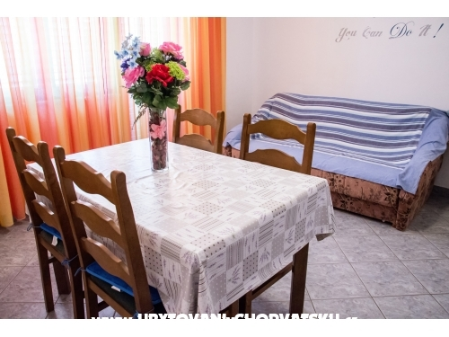 Apartments Nenadi� - Vodice Croatia