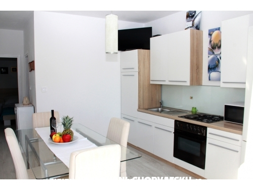 Apartmani Petar - Kuća - Vodice Hrvatska