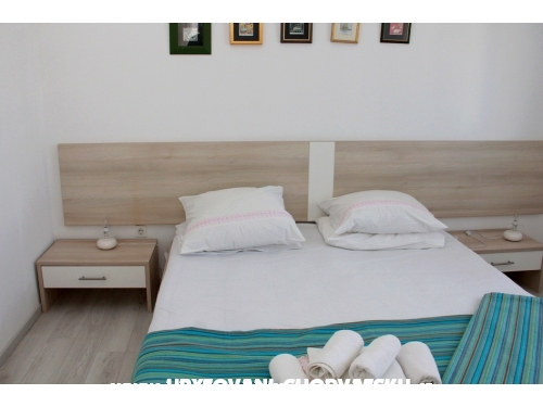 Apartments Petar - House - Vodice Croatia