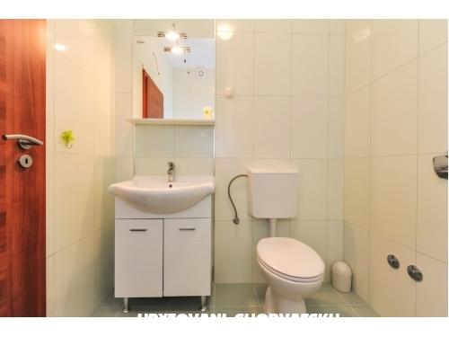 Appartements Plima*** - Vodice Kroatien