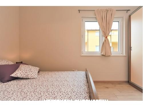 Apartmani Plima*** - Vodice Hrvatska