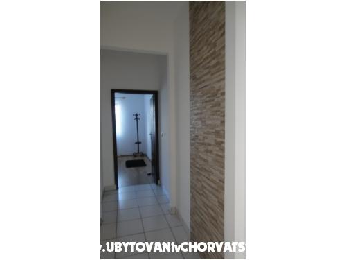 Apartmány Tomić - Vodice Chorvátsko