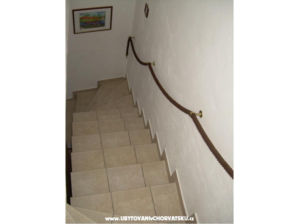 Appartements Milka - Vodice Kroatien