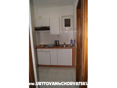 Apartmaji Šprljan - Vodice Hrvaška