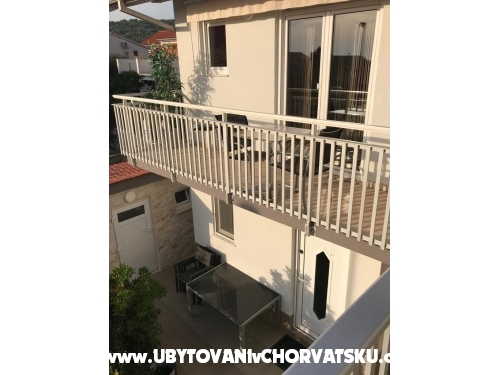 Apartmány Arny - Vodice Chorvátsko
