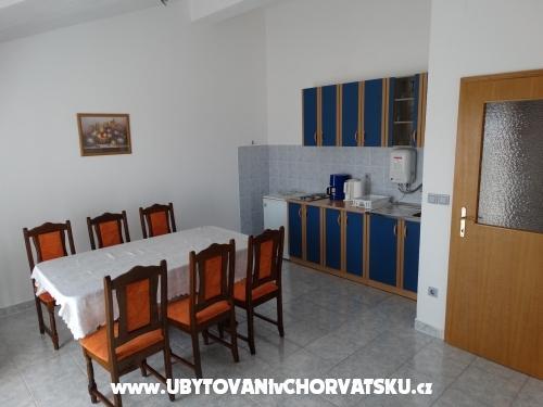 Apartmaji Milka-Jure Srima - Vodice Hrvaška