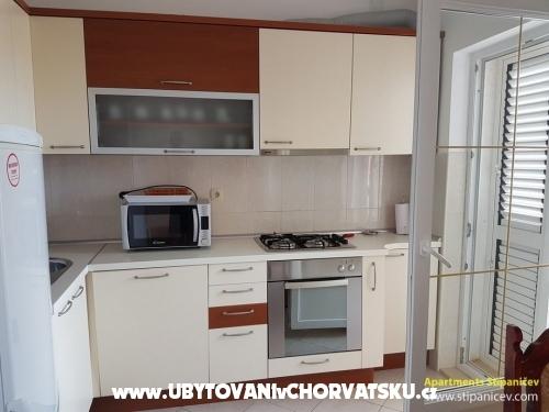 Apartmanok Stipaničev - Vodice Horvátország