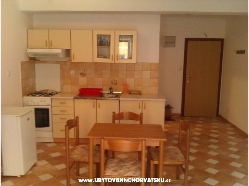 Apartmanok Vodice & Srima - Vodice Horv�torsz�g