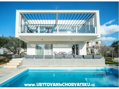 Beach Villa s bazénem Tribunj - Vodice Chorvatsko
