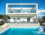Beach Villa with pool Tribunj Kroatien