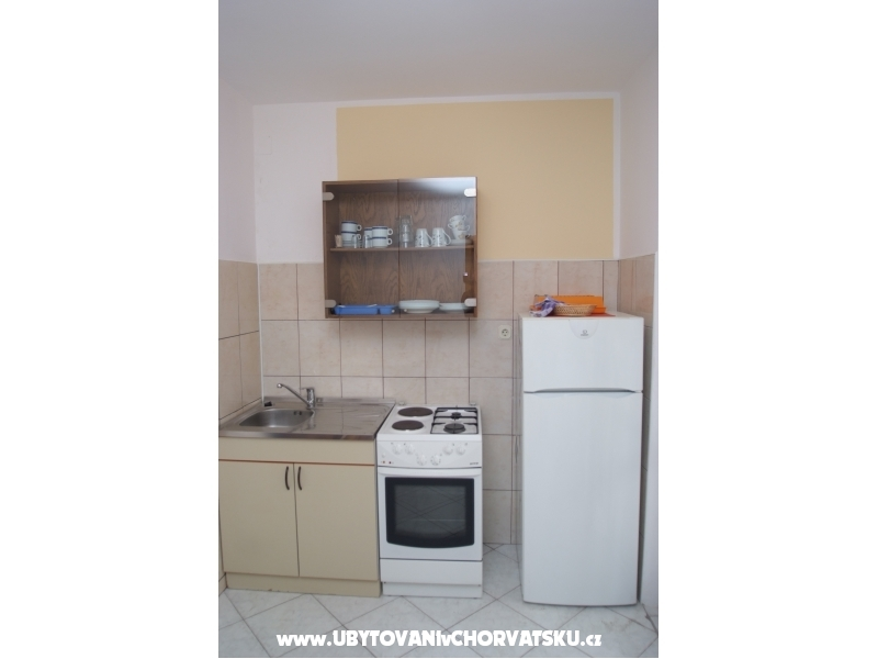 Apartments Cah - Vodice Croatia