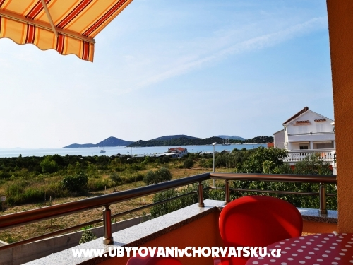 Iva Appartements - Vodice Croatie