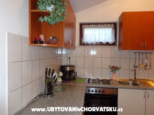 Apartmanok IVAN - *7 nights in Sept - Vodice Horv�torsz�g