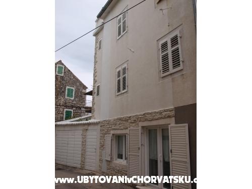 Hiša Vodice - Vodice Hrvaška