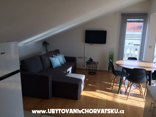 Vachovec - Apartmanok - Vodice Horvátország