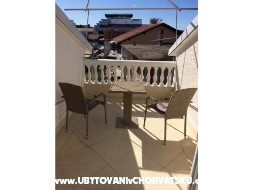 Vachovec - Apartmani - Vodice Hrvatska