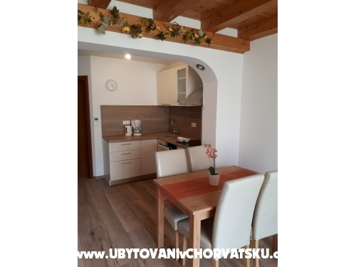 APARTMENTS   VESNA - Vodice Croazia