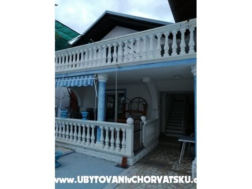 Vila Kartal - Vodice Horvátország