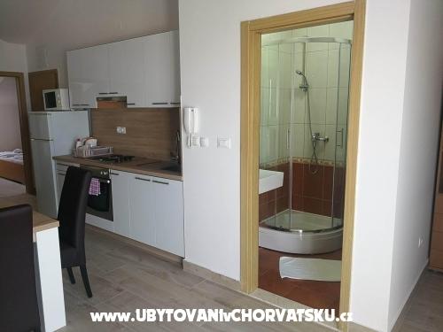 Villa Adria - Vodice Kroatië