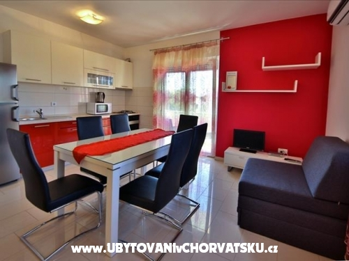 Apartmanok Grubelic - Vodice Horvátország