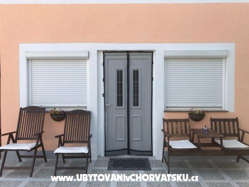 Villa Dolmar - Vodice Horvátország