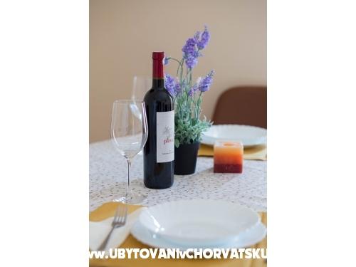 Villa Martin *** Srima - Vodice Croatia
