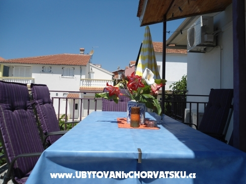 Villa Tanja *** - Vodice Kroatien