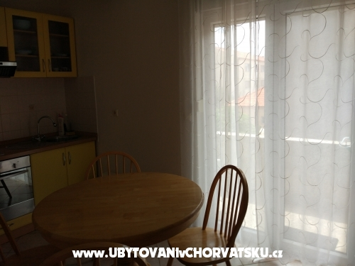 Apartmaji IRIS - Zadar Hrvaška