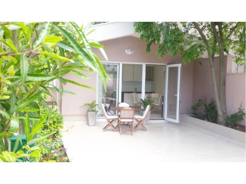 luxury garden house apartments zadar croatia zadar holiday