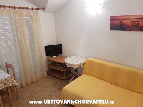 Apartments Jakić - Zaostrog Croatia