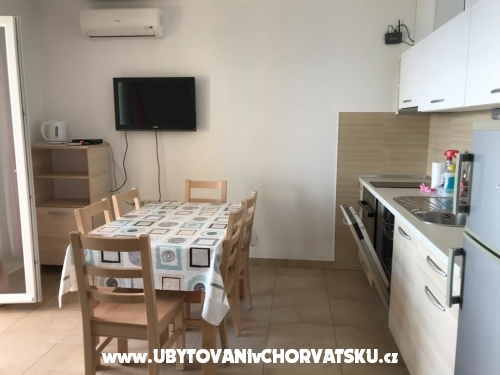 Apartments Ksenija - Zaostrog Croatia