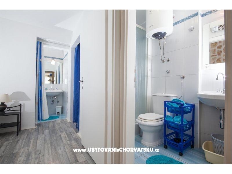 ferienwohnungen plana zaostrog kroatien zaostrog ferienwohnung. Black Bedroom Furniture Sets. Home Design Ideas