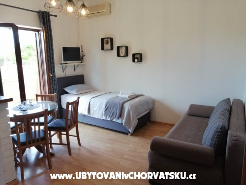 Appartements Martina - Zaton Croatie