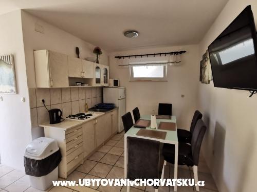 Apartments Gnjec - Živogošče Croatia