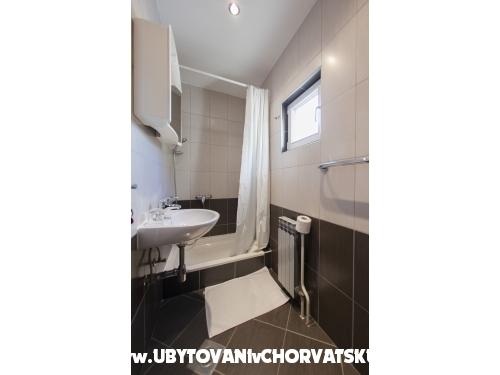 Appartements Ivop - Živogošče Kroatien