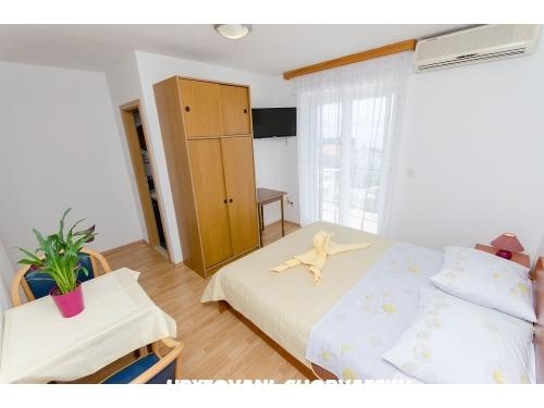 Apartmány Knezović - Živogošče Chorvátsko