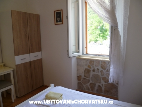 Apartmaji Čakelić - Žuljana – Pelješac Hrvaška